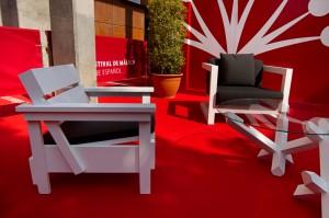 Interpretación libre de la silla Sieda de Enzo Mari